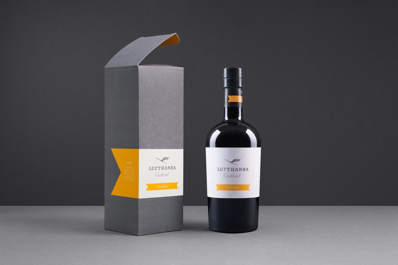 Editienne Grafikdesign - Kommunikationsdesign Berlin- Brand Packaging Design- Spreewood Distillers- Lufthansa Cocktail 22